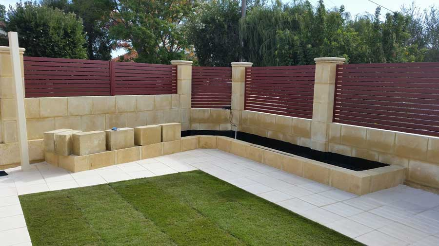 7 Ways to Use Limestone Blocks in the Garden